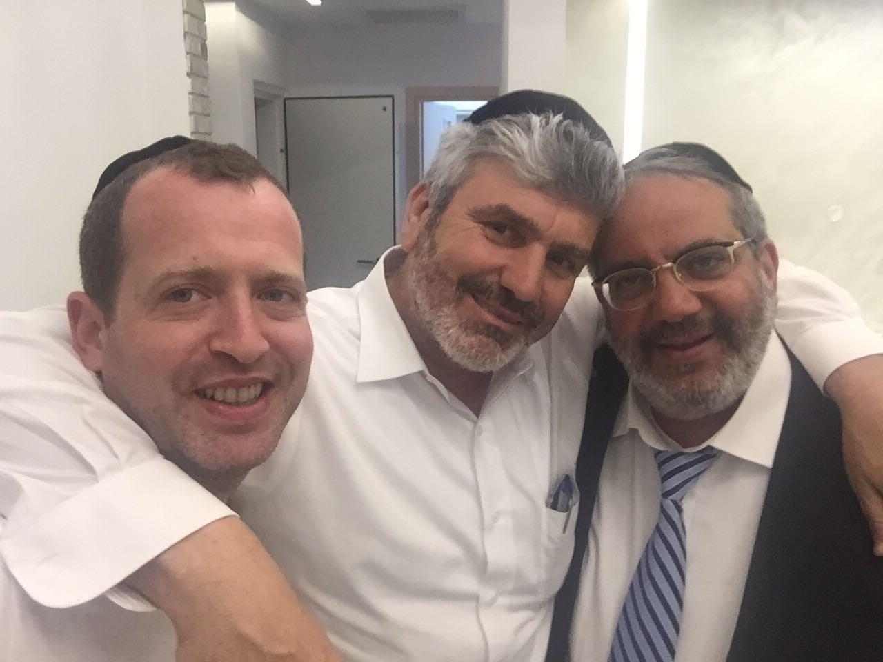 חבר הכנסת יגאל גוואטה, אבי אמסלם, דוד חכם - פתח תקווה