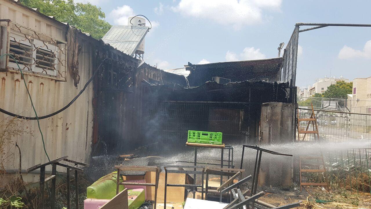 שריפה רחוב דייטש פתח תקווה (2)