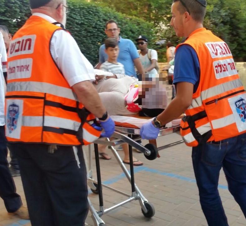 תאונה אוטובוס זבוטינסקי יצחק שדה פתח תקווה - איחוד הצלה
