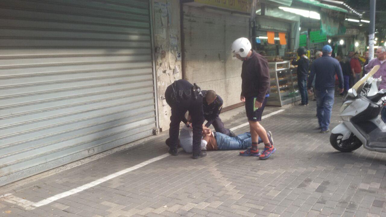 משטרה - שוק עירוני פתח תקווה 2