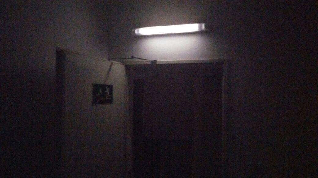 """הפסקת חשמל במרכז פ""""ת: רחובות רבים בעיר בלי חשמל"""