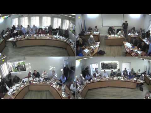 """מבקר המדינה: 14 חברי וועדות בעיריית פ""""ת לא מילאו שאלון ניגוד עניינים"""