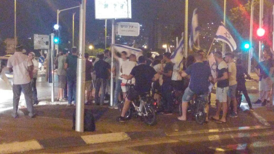 פתח תקווה - הפגנה בצומת סירקין בעקבות גל הטרור (3)