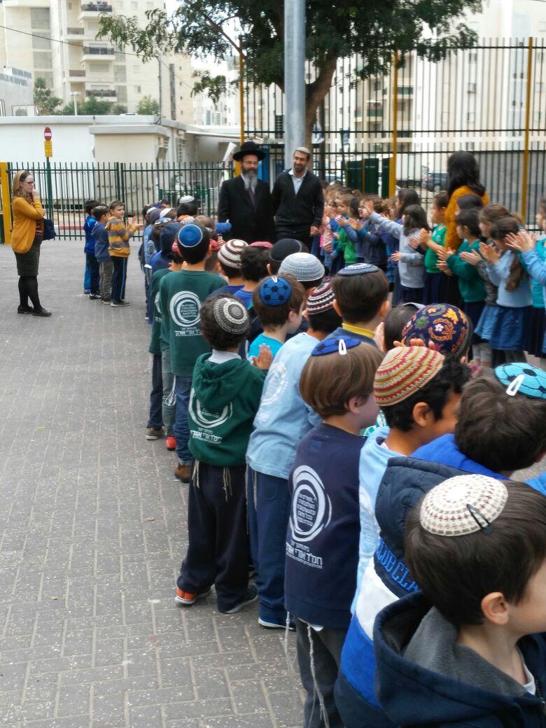 """הרב מיכה הלוי התארח בבית חינוך יוצר חמ״ד אורי אורבך פ""""ת"""