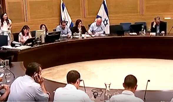 """יו""""ר ועדת הפנים של הכנסת על הבניה במתחם סירקין פ""""ת """"תכנון תחבורה לפני בניה"""""""