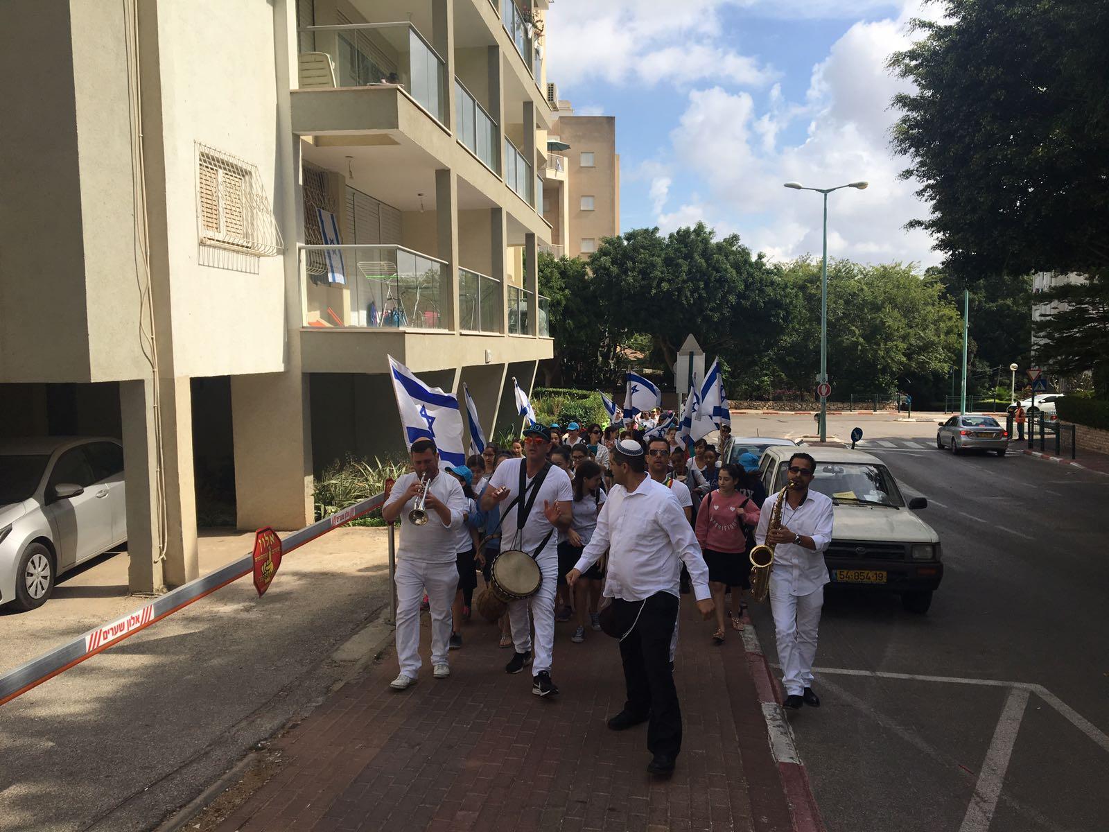 צפו: בית חינוך יוצר חמ״ד אורי אורבך צעדו לכבודה של ירושלים