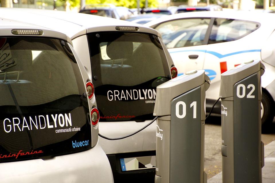 מחקר: בשנת 2020 ידרשו בפתח תקווה 71 עמדות טעינה לרכב חשמלי