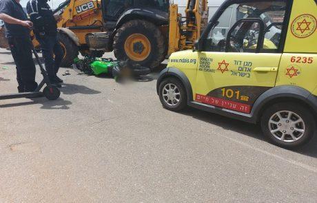 רחוב בלטימור: רוכב אופנוע נפגע מטרקטור, נהג הטרקטור נמלט