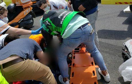 תאונה עצמית: רוכבת אופנוע נפצעה בינוני עד קשה