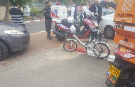 רחוב יהודה הנשיא: רוכבת אופניים חשמליים נפגעה מרכב