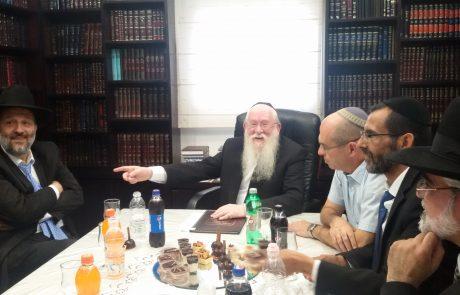 """ארבעה מועמדים כבר הכריזו על התמודדות לראשות העיר פ""""ת – מי יקבל את תמיכת הגוש החרדי-דתי?"""