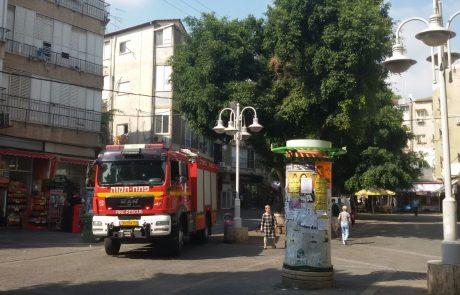 שריפה ברחוב ההגנה בפתח תקווה, אדם נפגע משאיפת עשן