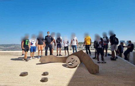 הקיץ, חיבוק חם משוטרי פתח תקווה לבני הנוער שבסיכון
