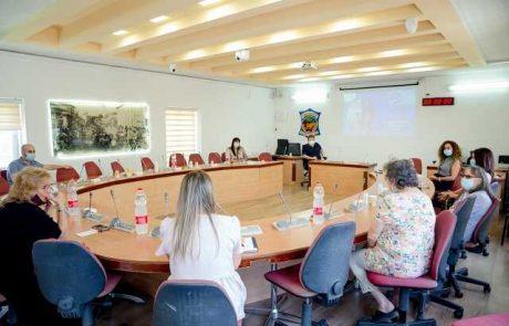 ראש העיר הציג את פעילות היחידה לפיקוח על פעוטונים  בפני חברת הכנסת אורלי פורמן