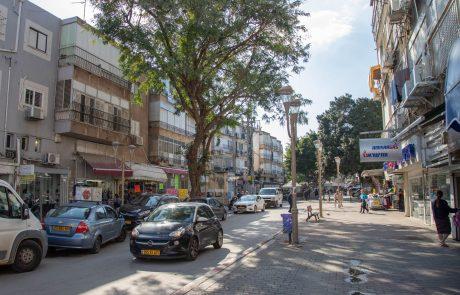 העירייה שוקלת לפתוח את מדרחוב ההגנה לתנועת כלי רכב