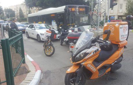 רחוב סלנט פינת אחד העם: הולך רגל נפצע מפגיעת מכונית