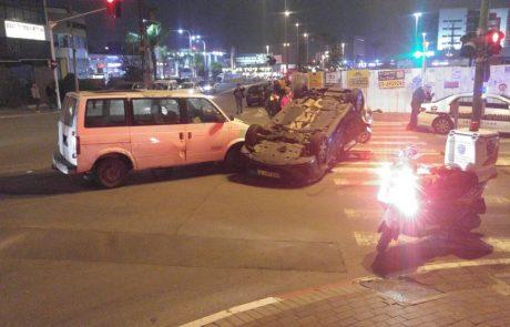 """תאונת דרכים ברח' הסיבים פינת שהם פ""""ת: נהגת התהפכה עם רכבה"""