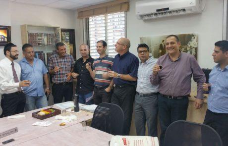 אוריאל בוסו חוגג יומולדת – ראש העיר וחברי מועצת העיר באו לברך