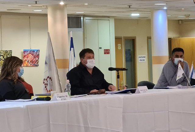 ישיבת מועצת העיר מס' 32: חניה חינם בערב החג והמשך פיתוח החינוך החרדי