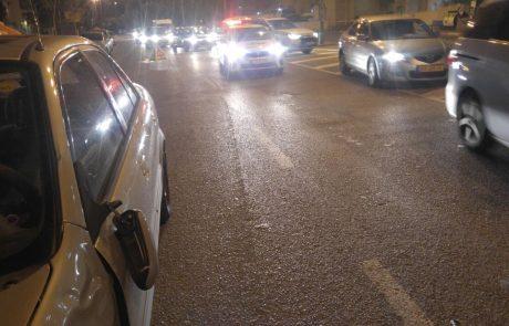 """תאונת דרכים ברחוב מנחם בגין פ""""ת: הולך רגל נפצע קשה"""