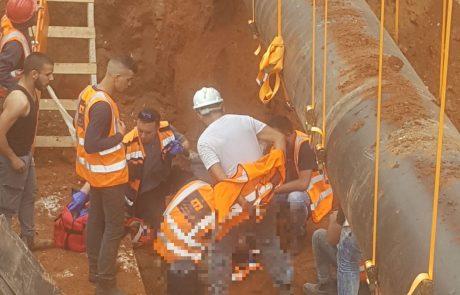 """פועל נפצע קשה בתאונת עבודה באתר בניית הרכבת הקלה פ""""ת"""