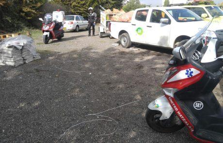 """תאונת דרכים ברחוב רחובות בפ""""ת: הולכת רגל נפצעה בינוני"""