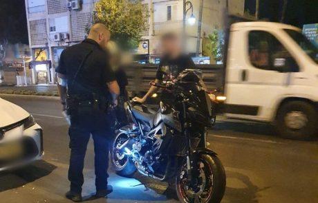 מבצע אכיפה נוסף בפתח תקווה הביא להורדת אופנועים משופרים מהכביש