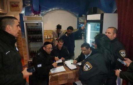 המשטרה פשטה על מקומות בילוי של עובדים זרים בפתח תקווה