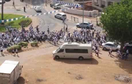 """צפו: צעדת יום ירושלים המסורתית של ממ""""ד מורשה בשכונת הדר גנים"""