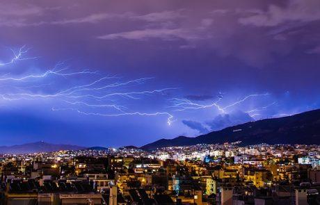 """לקראת הסופה הגדולה: תושבי מרכז פ""""ת חוששים מהצפות והפסקות חשמל"""
