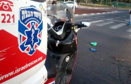 בן 70 נפגע מרכב הסעות בפתח תקווה – מצבו בינוני